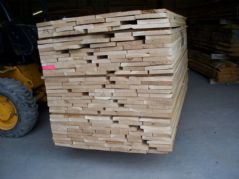 12 boards @ 2100mm x 140mm x 27mm